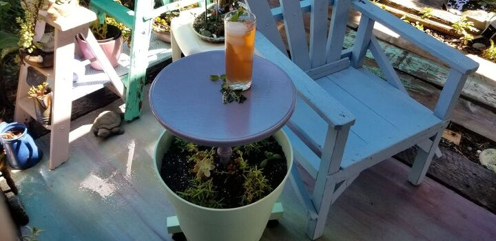 patio planter with table