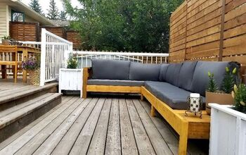 DIY Outdoor Sectional Made With Recycled Material