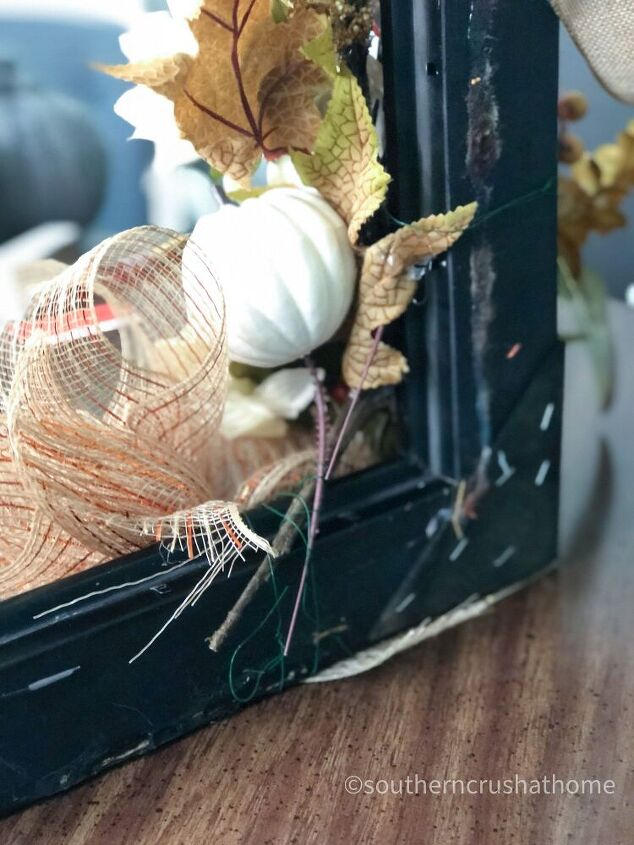 diy square wreath with fall plaid decor