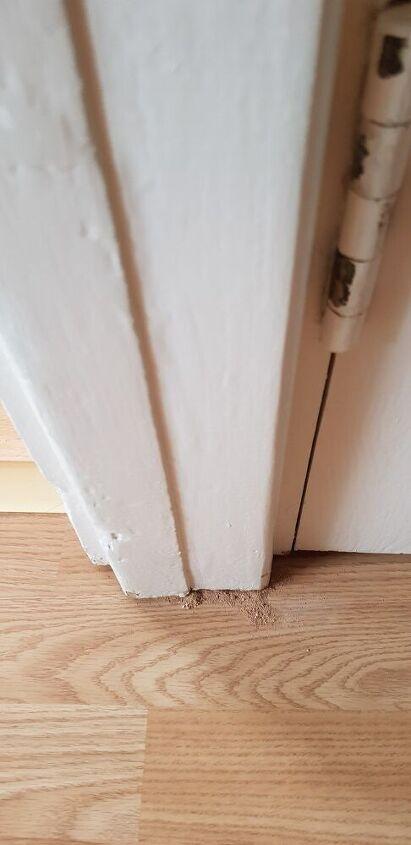 q sawdust under my wooden pillar