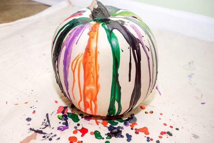 diy melted crayon pumpkin