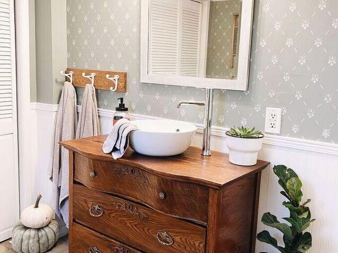 vintage dresser vanity