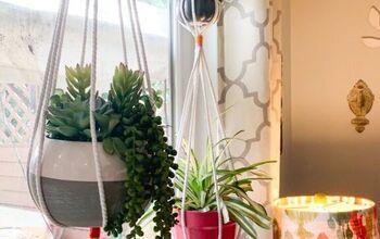 Easy Macrame Plant Hanger.