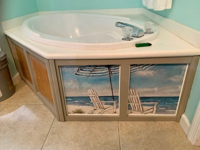 create a little art in your bathroom