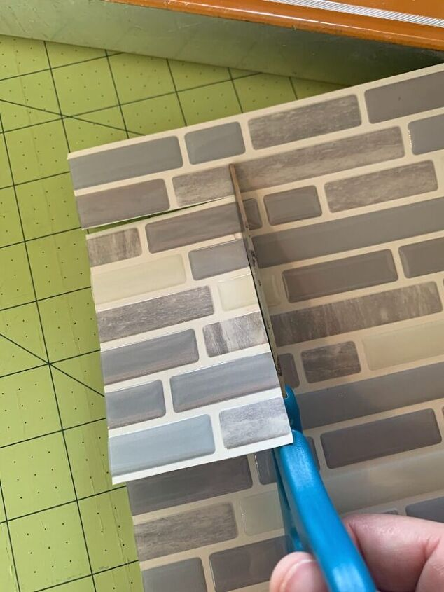 cottage kitchen refresh with only paint and peel and stick backsplash