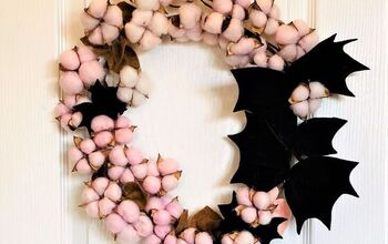 DIY Halloween Bat Wreath