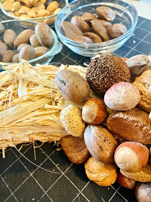 how to make a gorgeous autumn wreath with nuts