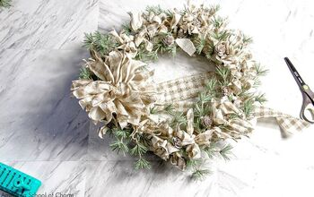 How to Make a Modern Farmhouse Holiday Wreath