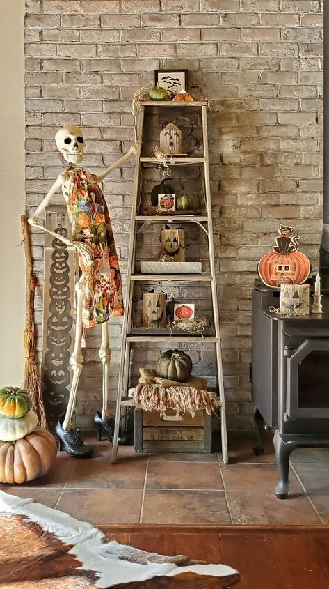 upcycled book halloween jacks