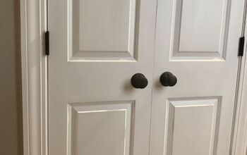 Easy Way to Update Old Gold Door Hardware With Paint