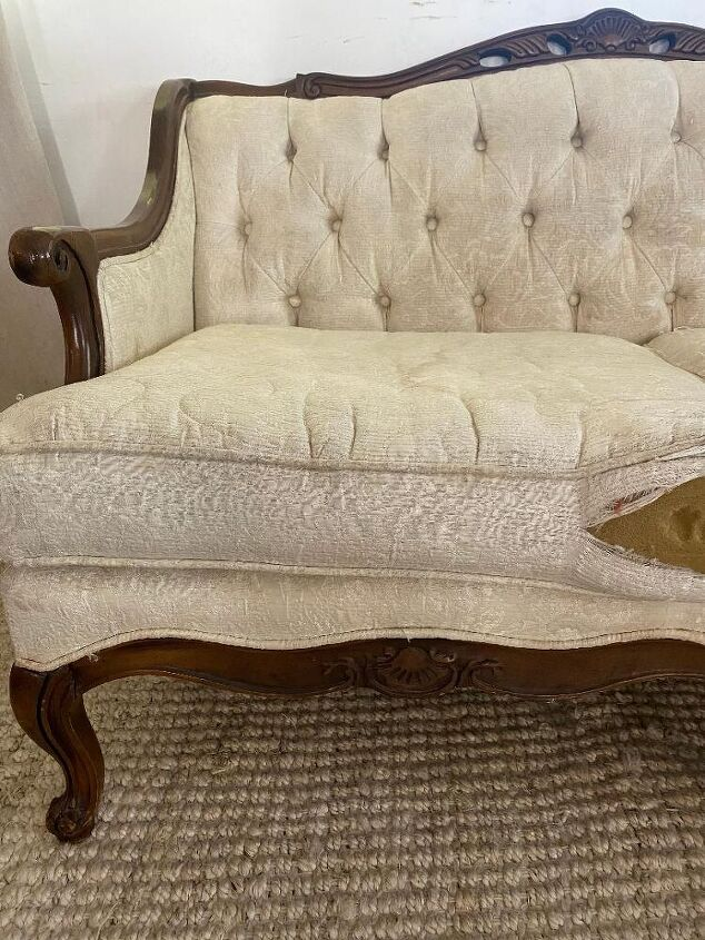 vintage couch makeover with paint