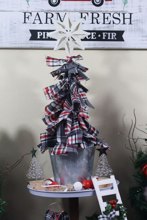 easy christmas diy fabric scrap christmas tree farmhouse christmas