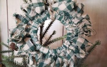 Primitive Wreath Ornament