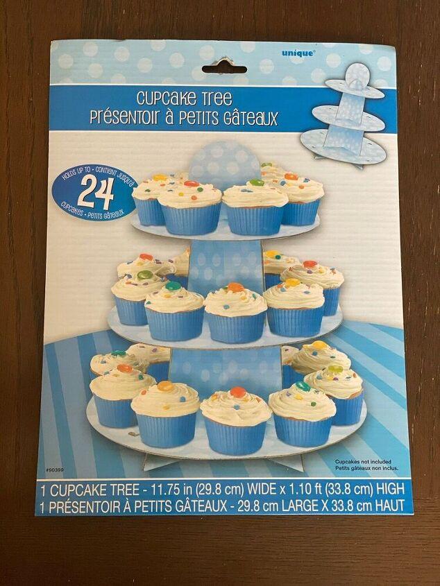 quick cake pop or oreo pop stand