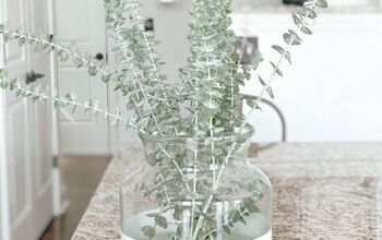 Make Your Own Dipped Vases & Save Money In The Process
