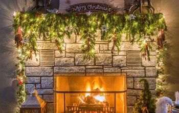 19 Gorgeous Ways to Style Your Mantel for Christmas