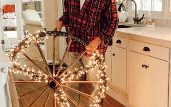 How to Make a Peace Sign for Christmas With an Old Wagon Wheel!