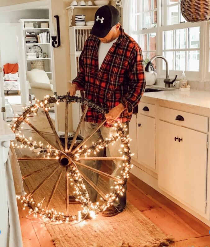 how to make a peace sign for christmas with an old wagon wheel