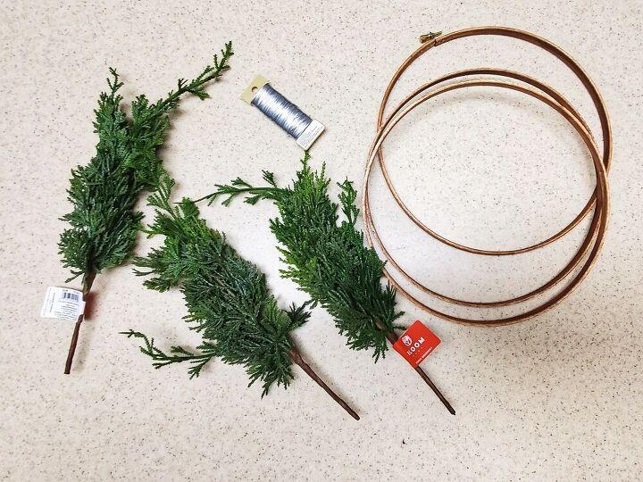 diy christmas hoop wreaths