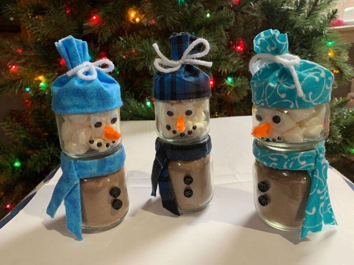 last minute snowman from glass jars