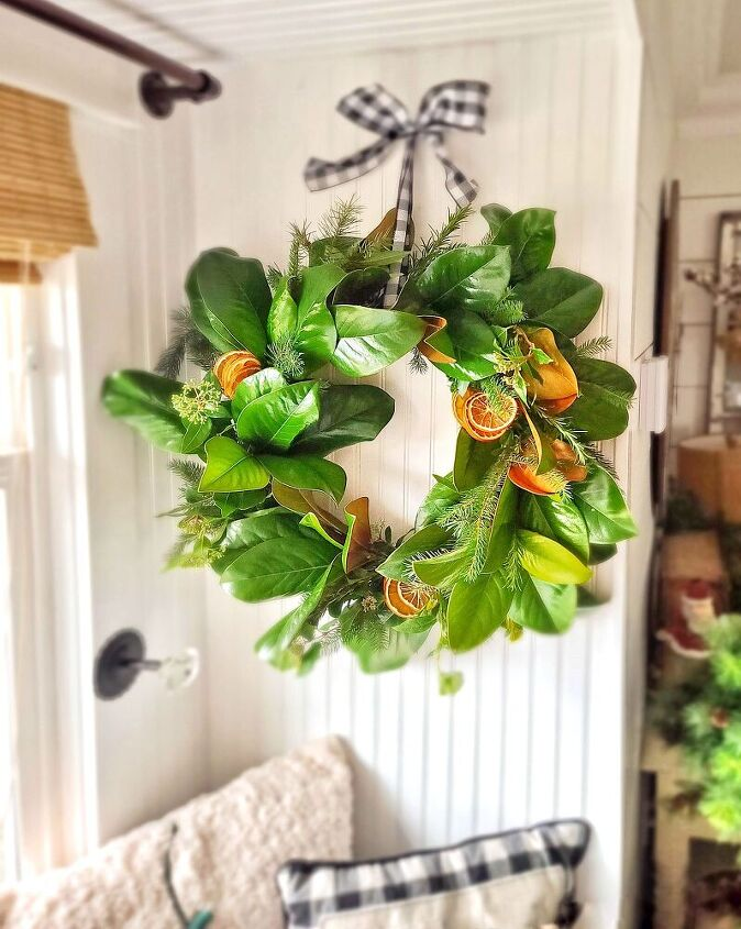 how to make a fresh magnolia mixed branch wreath