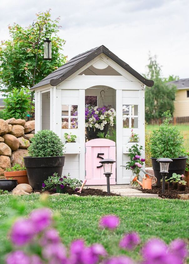kids modern farmhouse playhouse makeover