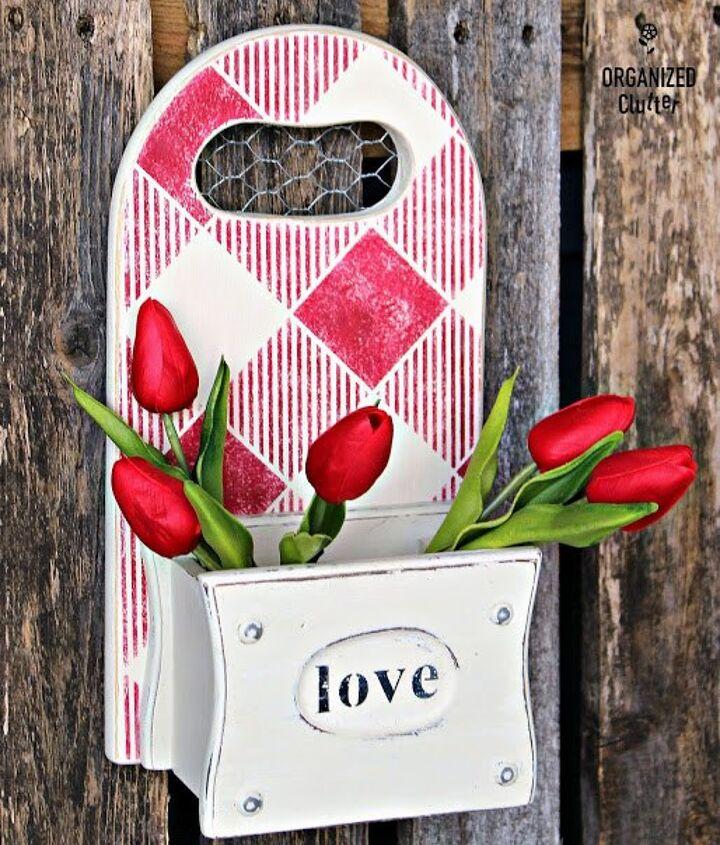 Upcycled/Repurposed Valentine's Day Decor