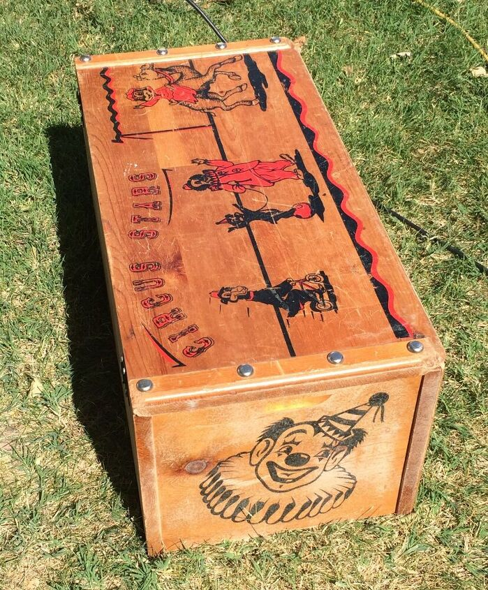 how to turn a toy chest into something magical