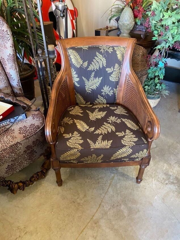 q use chalk paint on chair with upholstery