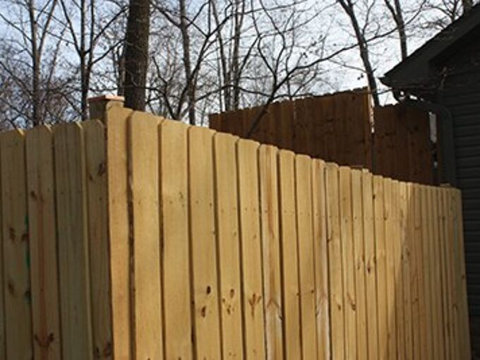 21 diy privacy fence ideas learn how to build a wood fence for your ya