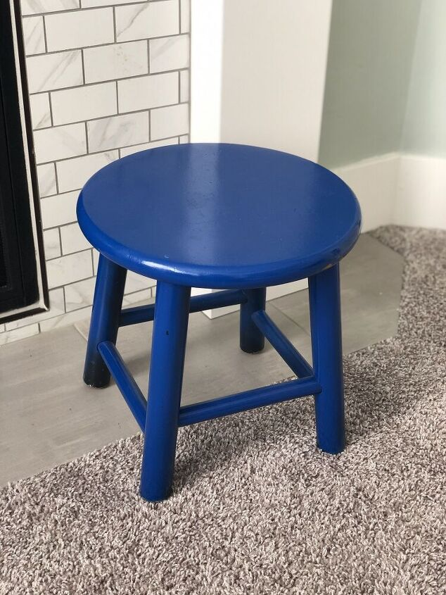 blue stool to cool stool