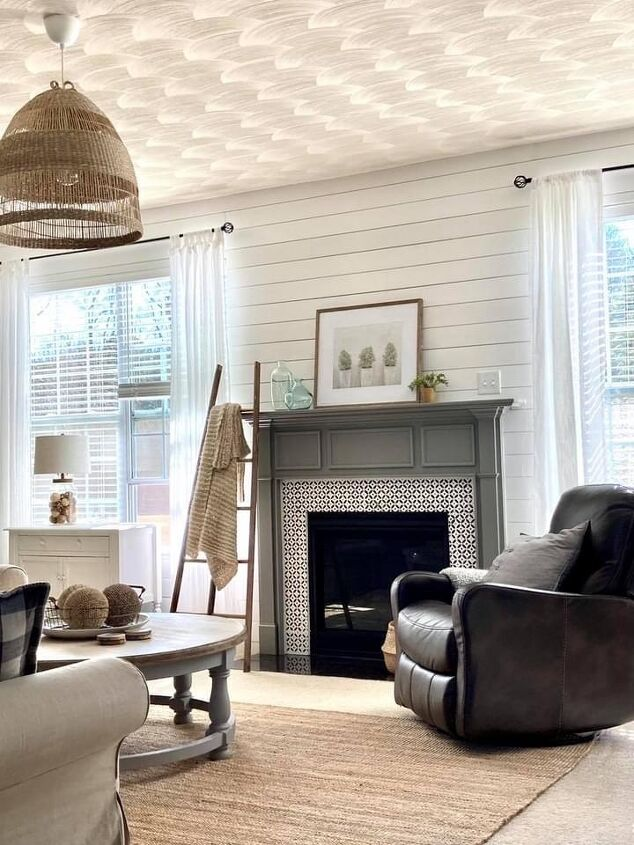 shiplap wall makeover
