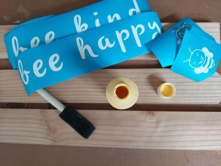 bee kind signs diy, Gather supplies