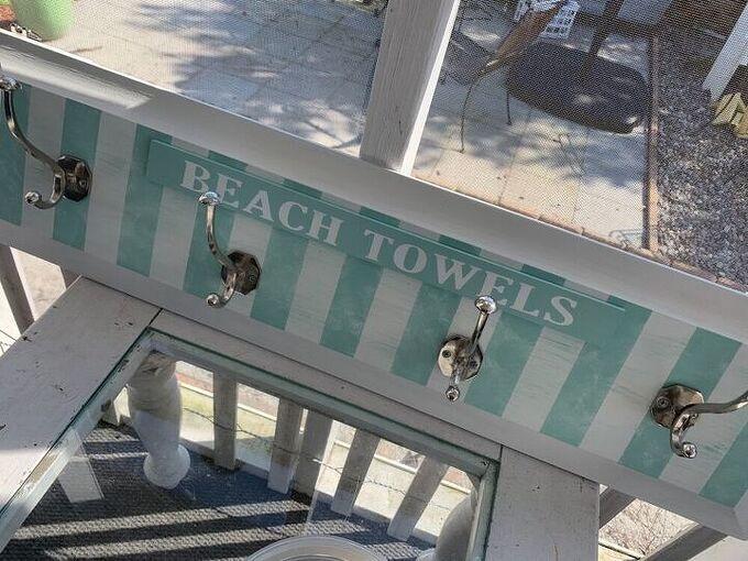 make this really easy towel hanger, Hooks and hanger hardware