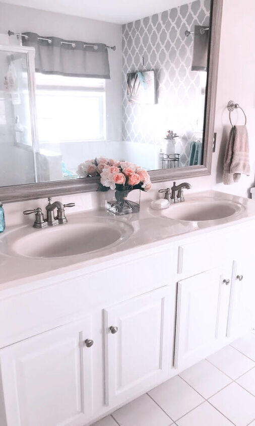 how to paint a bathroom cabinet in a weekend