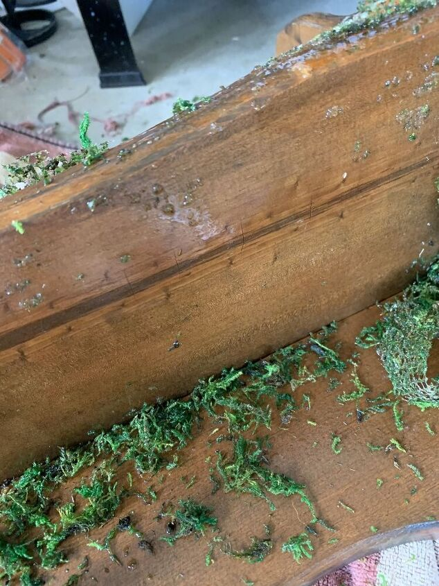 q how do you remove faux moss from a wood surface