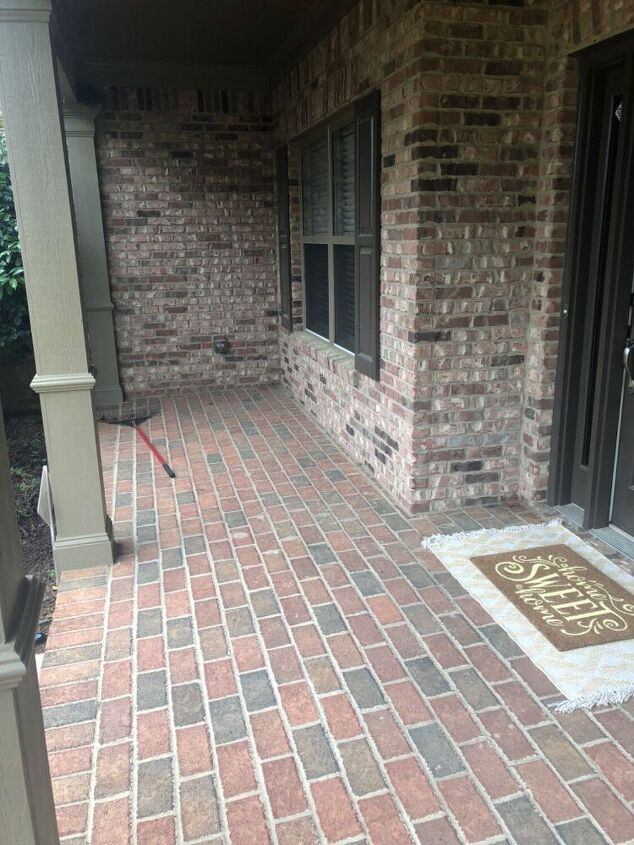 q help me decorate my front porch