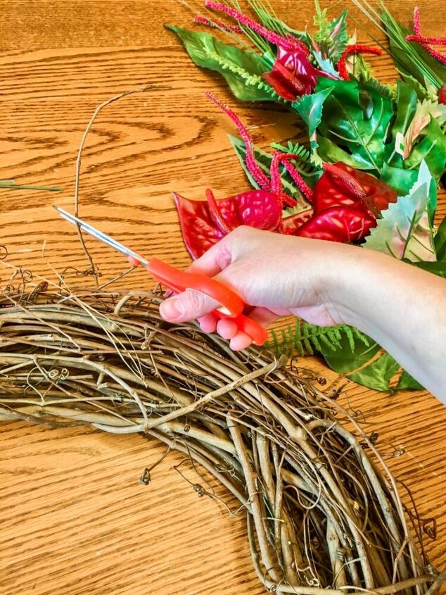 tropical summer wreath tips on how to make the perfect wreath