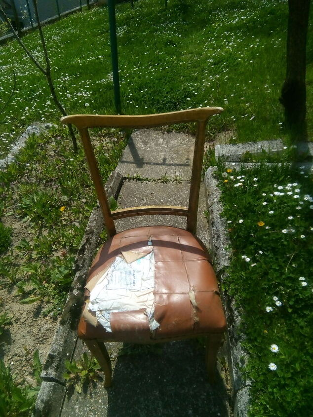 q recycling chairs