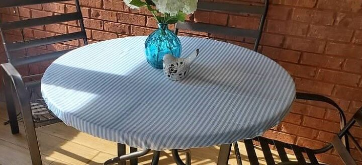 tablecloth for a patio table