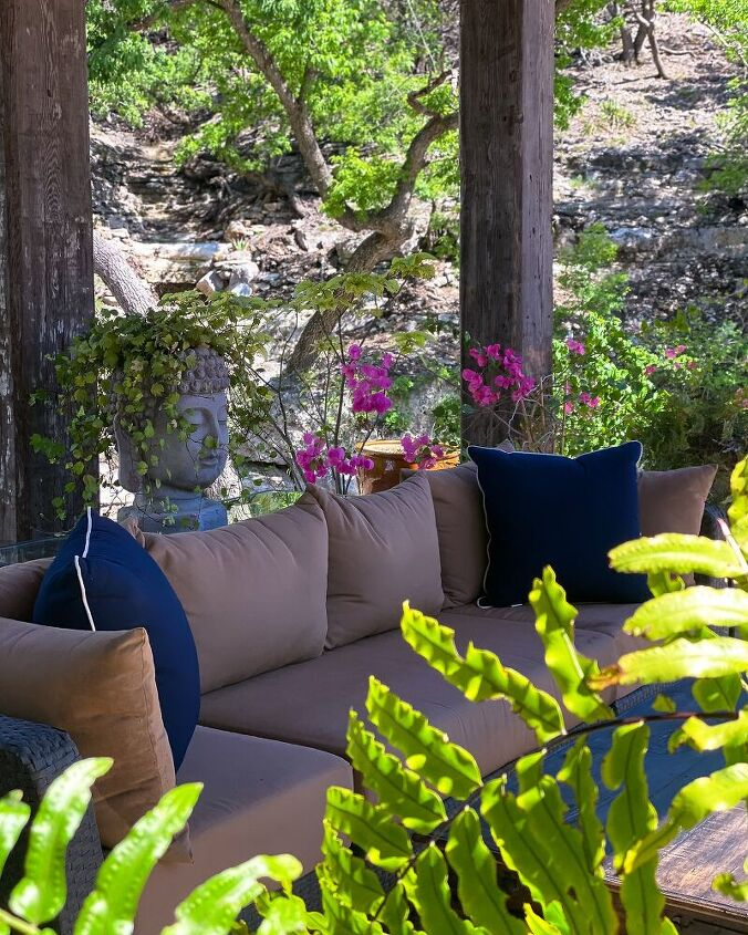 how to clean your outdoor patio cushions