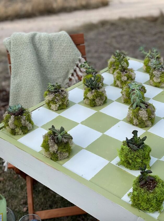outdoor checkerboard table