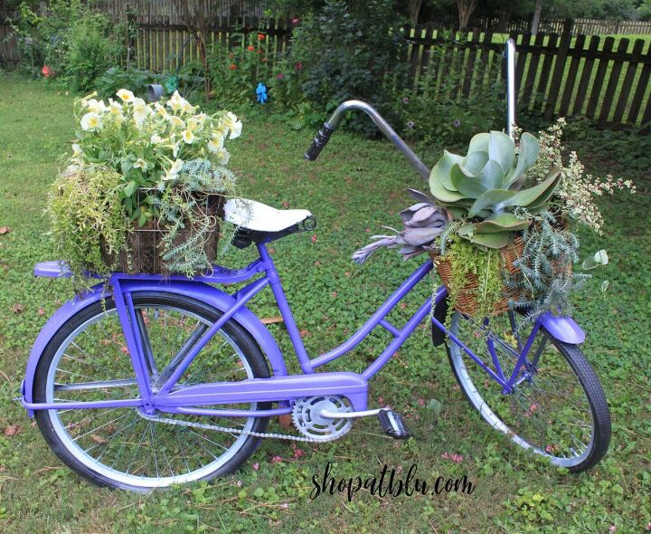 s 10 time people use old junk to make their gardens beautiful, This beautiful bicycle planter