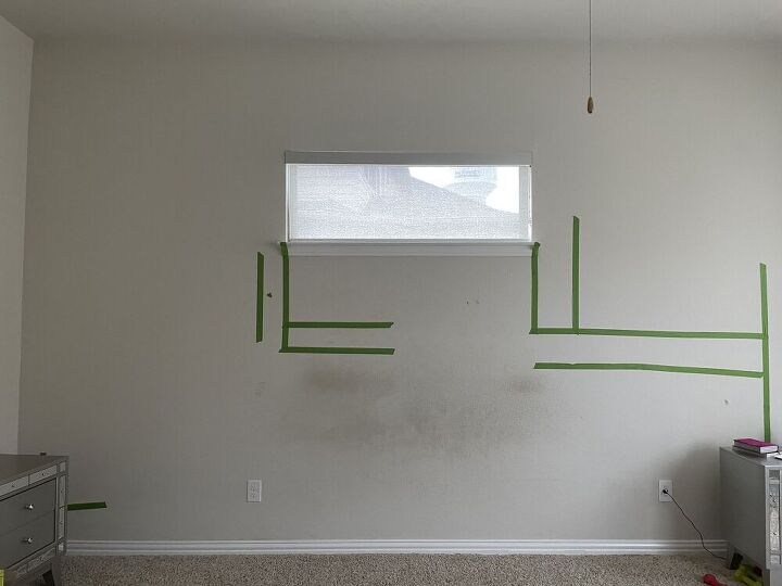 q help me figure this accent wall out