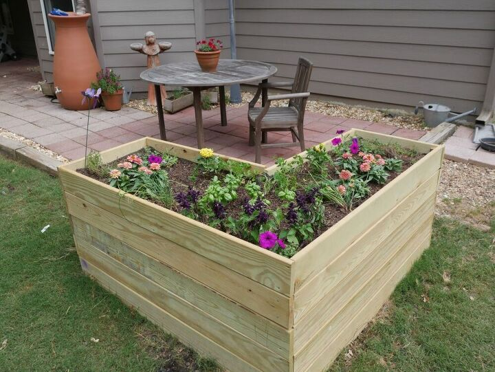 how to build a deep planter box for flowers and herbs