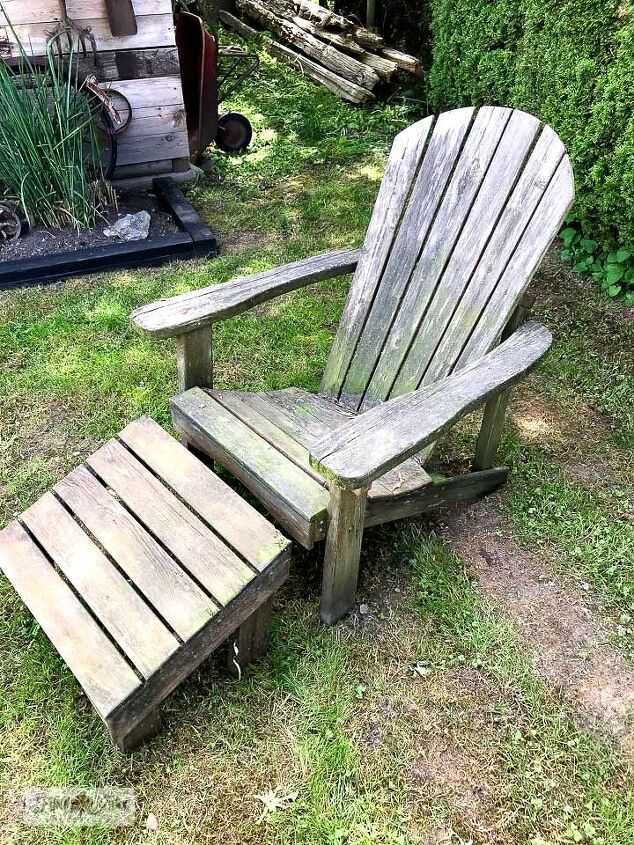 revamp adirondack chairs with a rustic pallet look