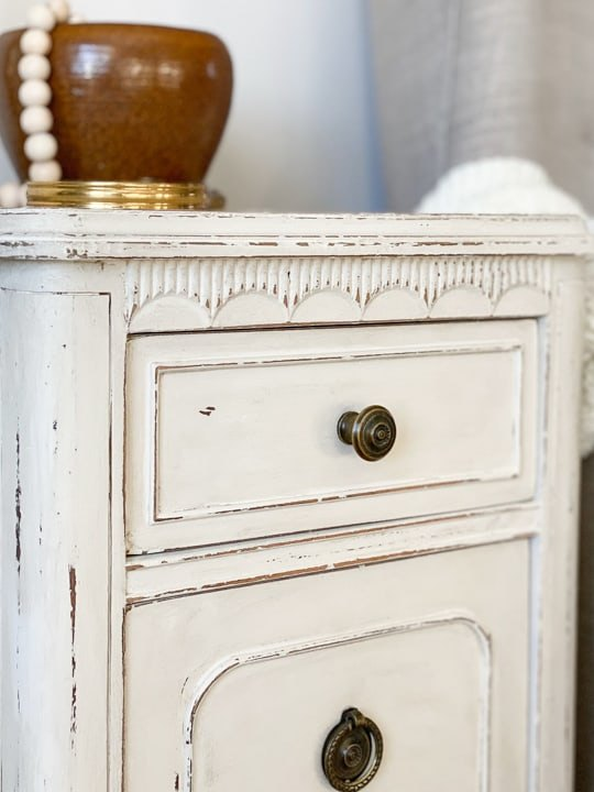 s 10 furniture decorating techniques we re obsessed with right now, Distressing