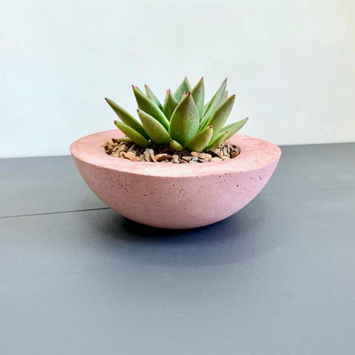 how to make a colored cement planter in pink
