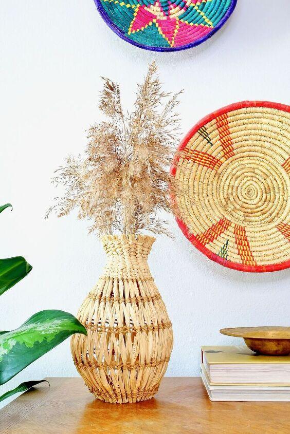 diy woven vase with raffia
