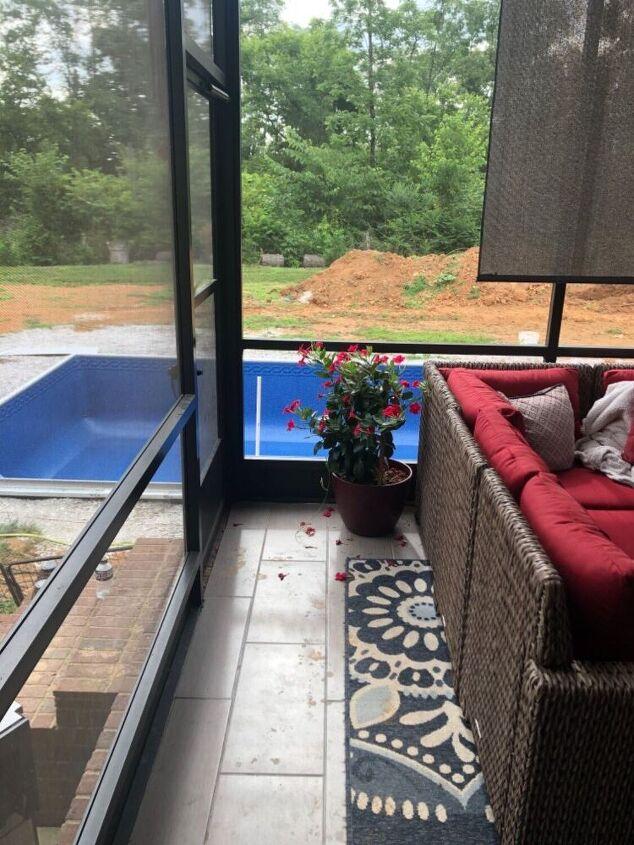 q how do i arrange my screened porch